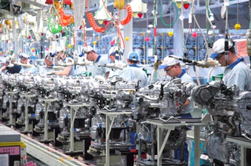 Engine Assembly Line in Poland with Color-Coded Overhead Tools on Retractable Cords
